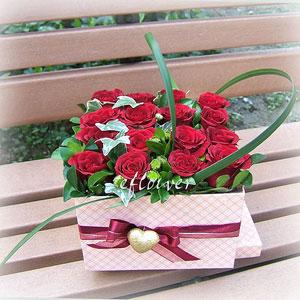 愛戀紅玫瑰花禮盒-幸福